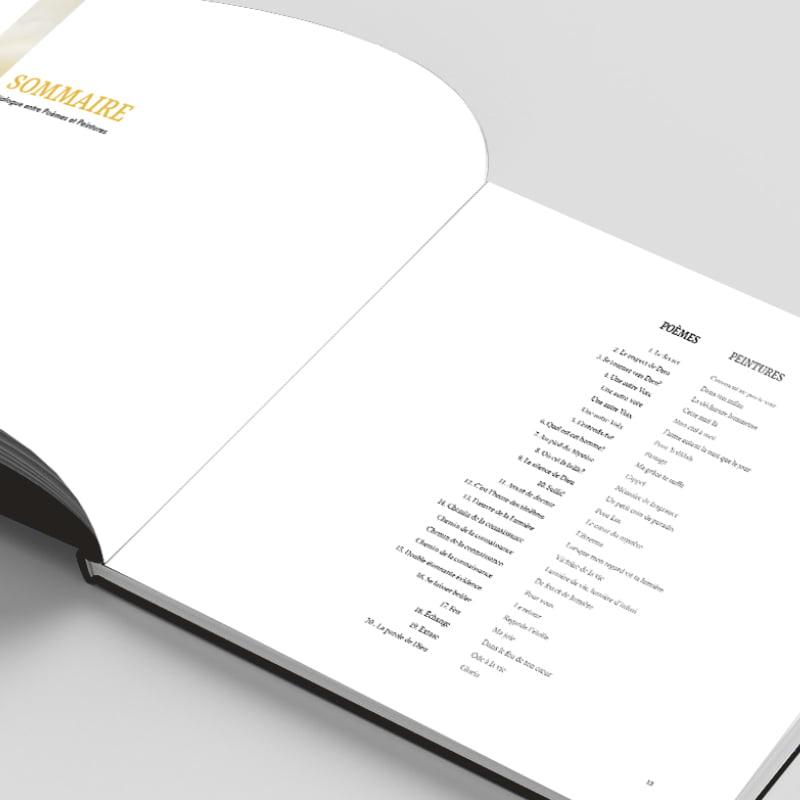 Sommaire du livre Au coeur du Mystère créé par Frédérique Hayaux du Tilly, graphiste designer de c com'créa