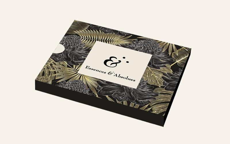 coffret Essences Absolues, création de Frédérique Hayaux du Tilly, graphiste designer c com'créa